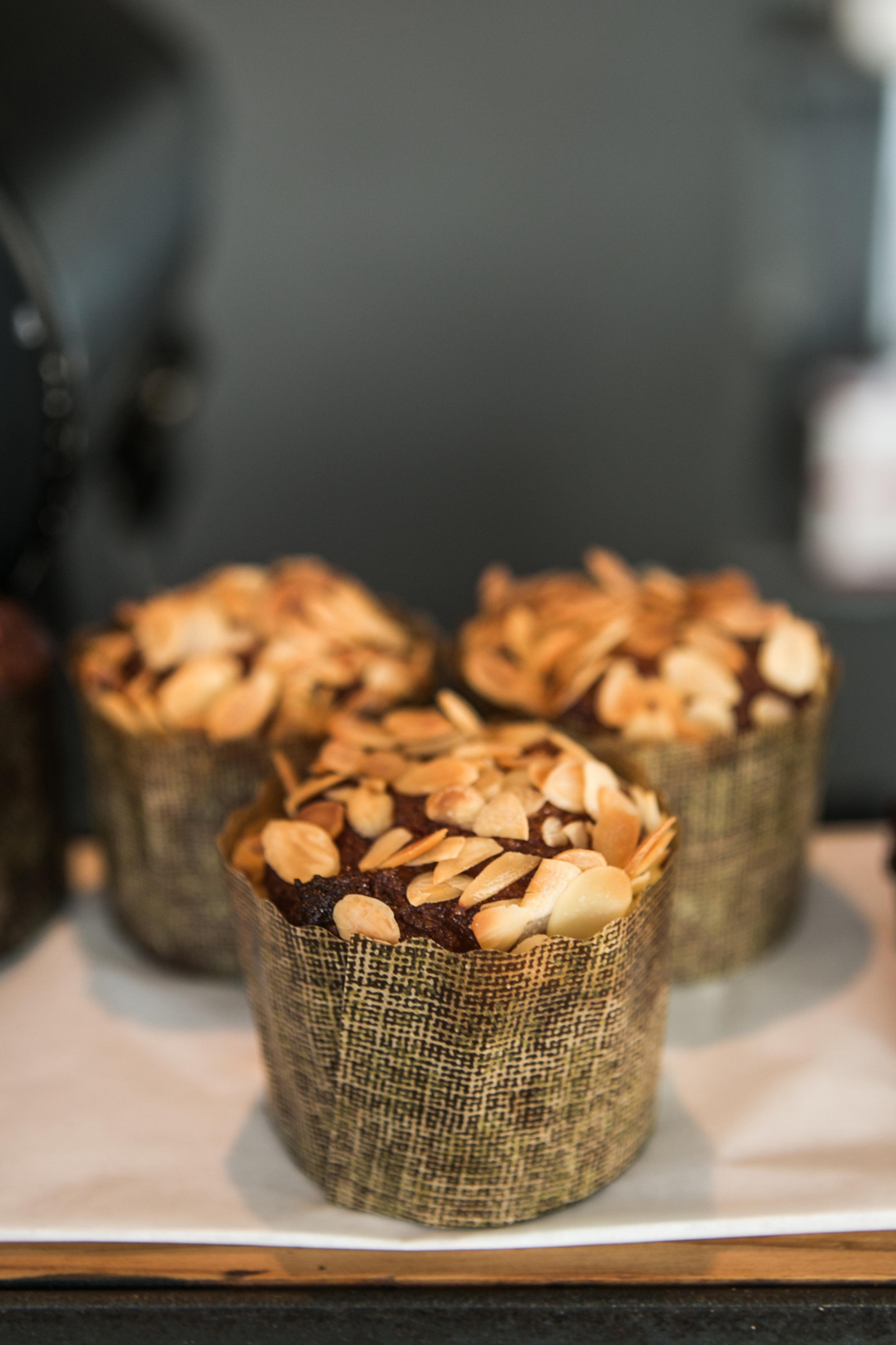 Muffin & Coffee.